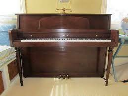 Yamaha Upright Piano 600x450